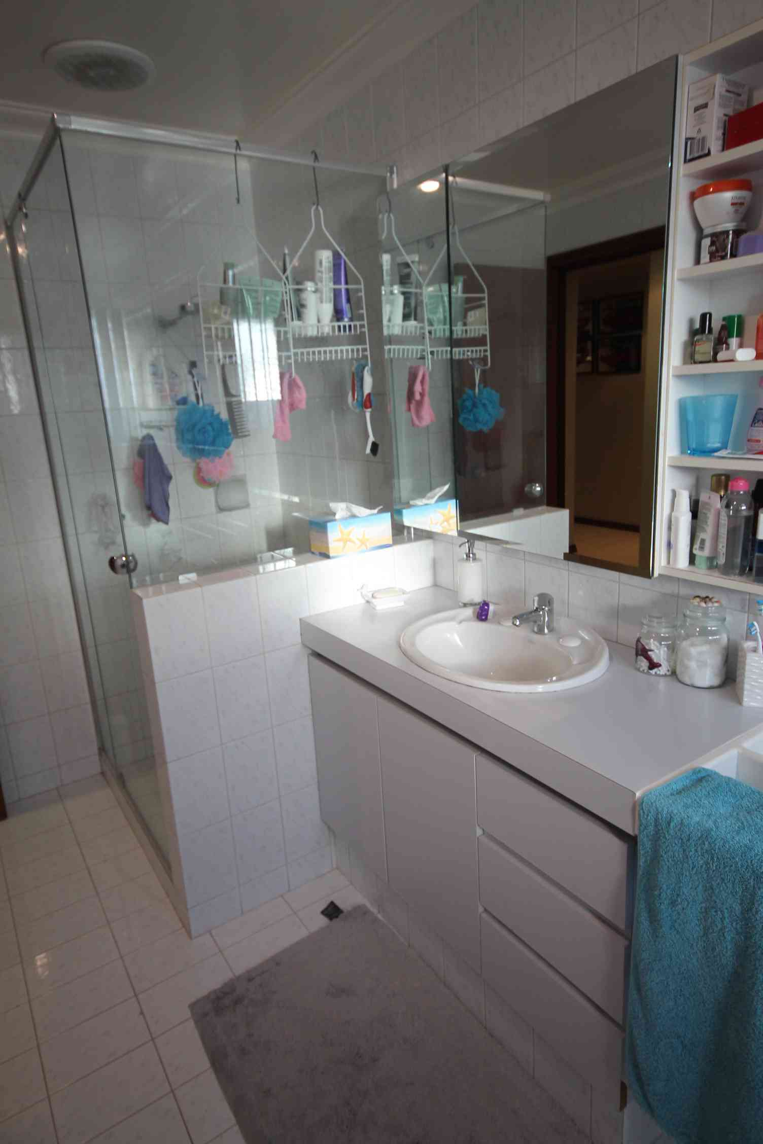 Victor franca n bathroom bathroom renovations perth for Bathroom renovations 3d