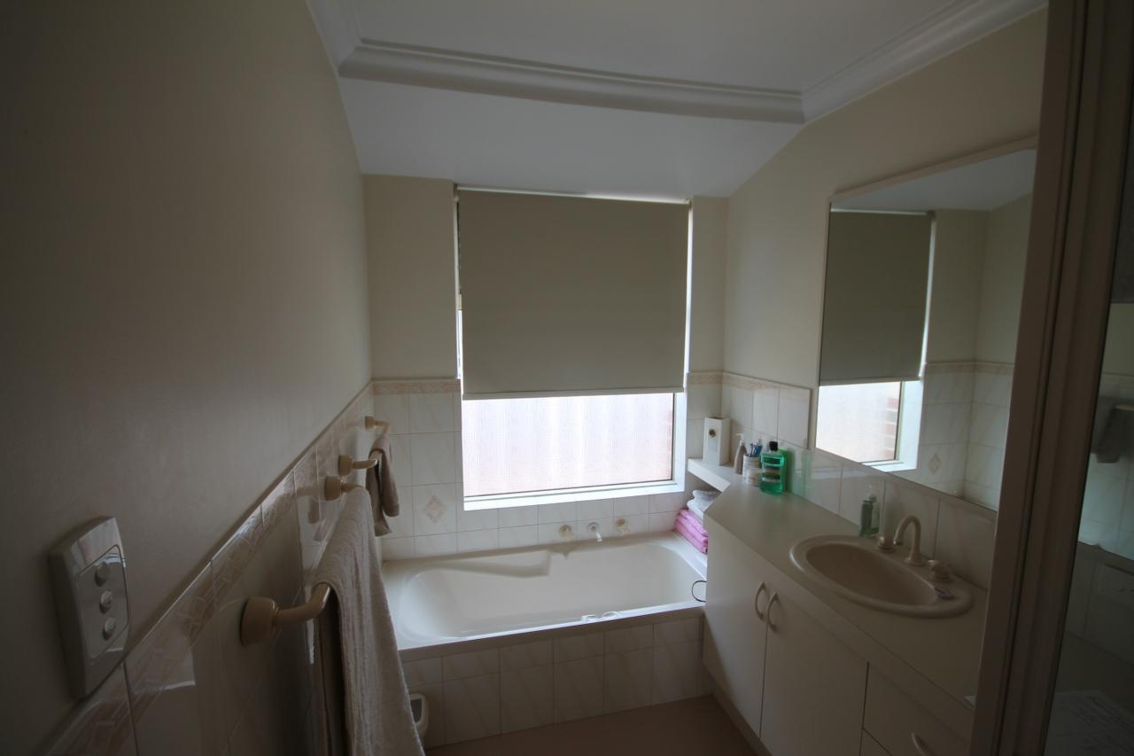 Katrina t bathroom bathroom renovations perth for Bathroom renovations 3d